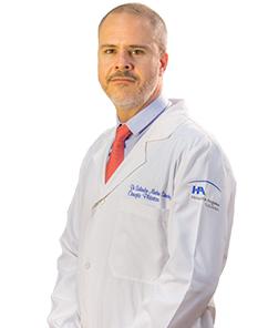 Dr. Salvador Medina Sánchez